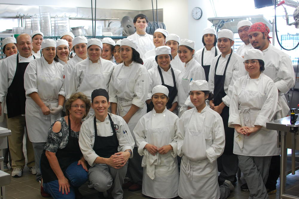 Picture of Chef and students